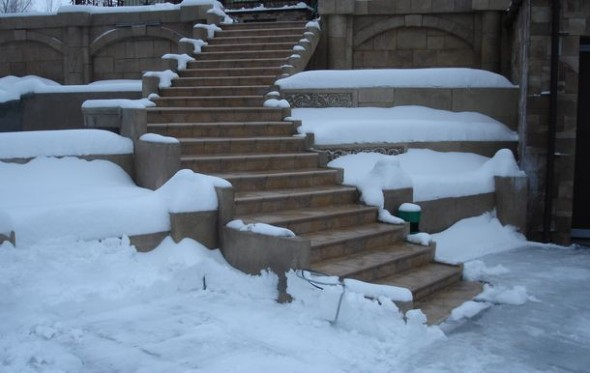 Наша работа: антиобледенение для лестницы