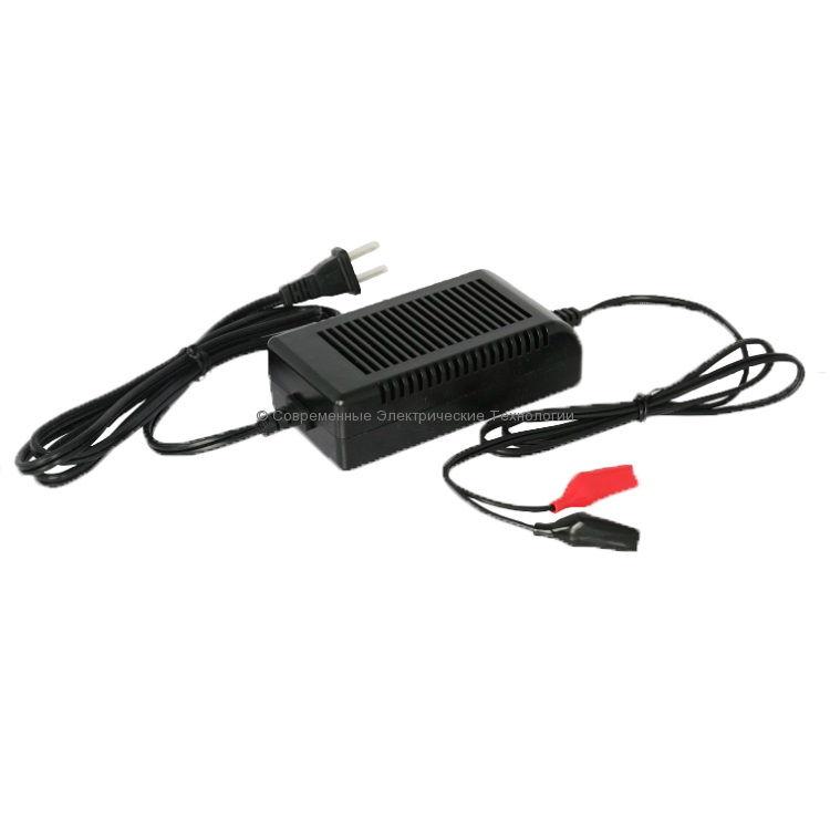 Автоматическое зарядное устройство 12В 1А LC-2281